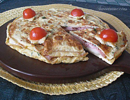 Ricetta frittata farcita con prosciutto e formaggio
