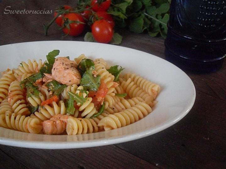 Ricetta pasta al salmone e zenzero