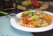 Pasta al salmone e fiori di zucca ricetta saporita