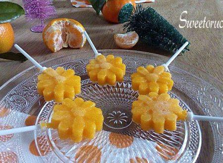 Caramelle gelee in stecco al succo di clementine