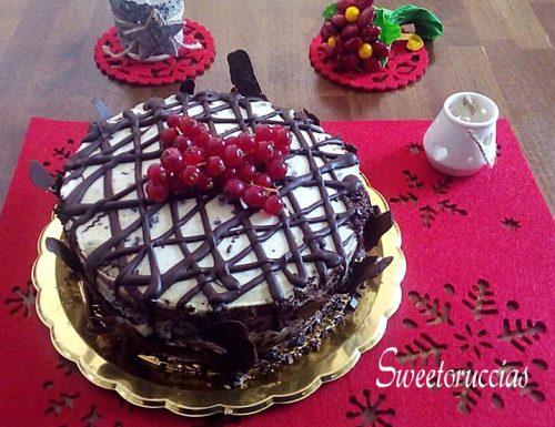 Torta al caffè con crema mascarpone e cioccolato