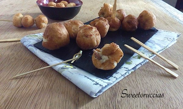 Frittelle all'acciuga ricetta saporita per finger food