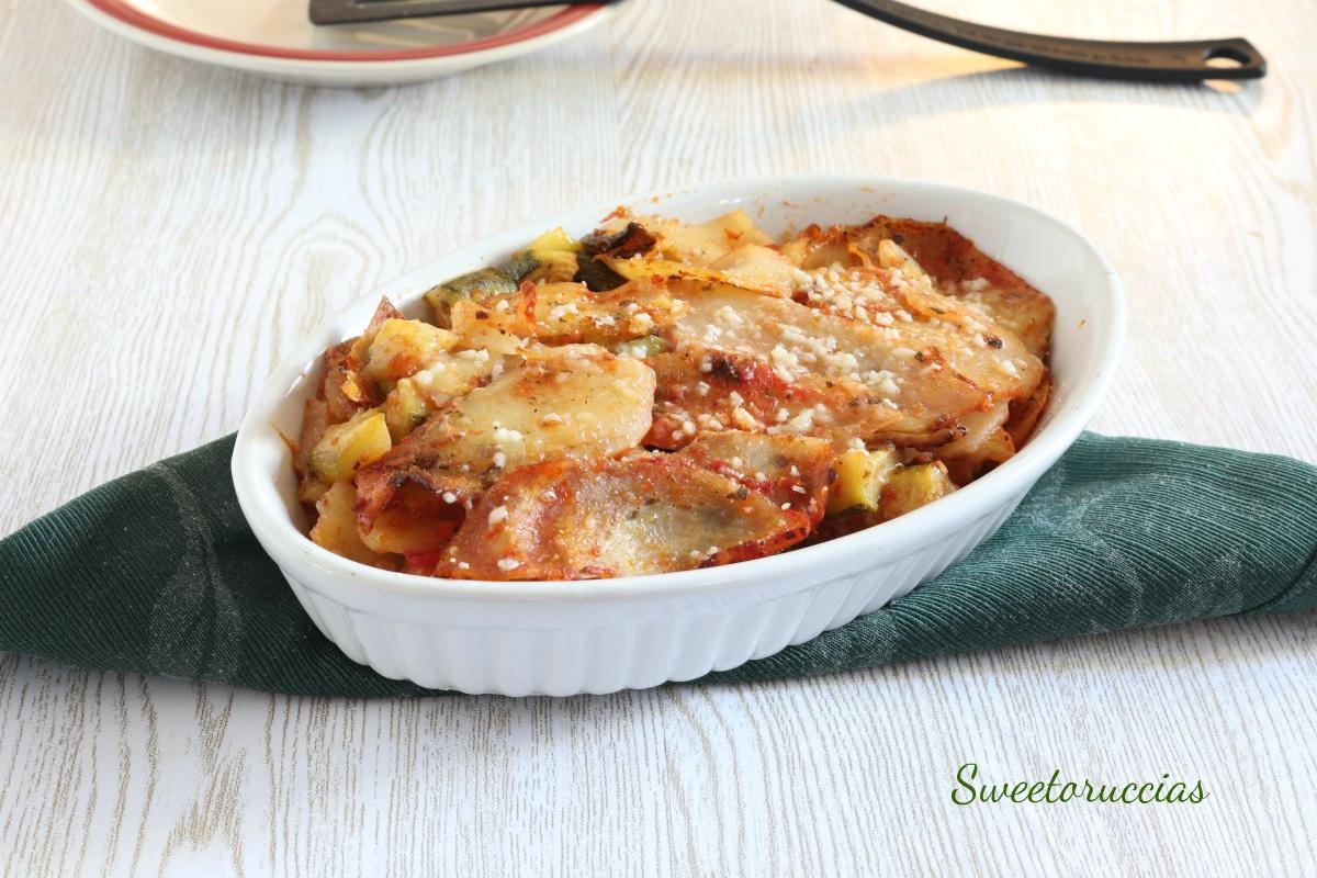 Ricetta contorno di zucchine e patate gratinato al forno