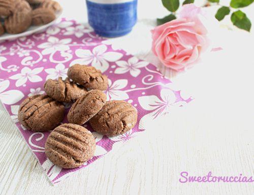 Biscotti al cioccolato e mandorle procedimento bimby