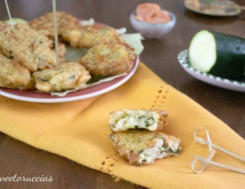 Ricetta frittelle di zucchine e salmone