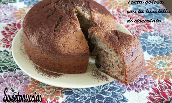 Torta golosa con la tavoletta di cioccolato