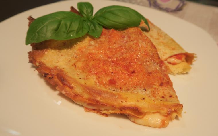 Crêpes pomodoro e mozzarella