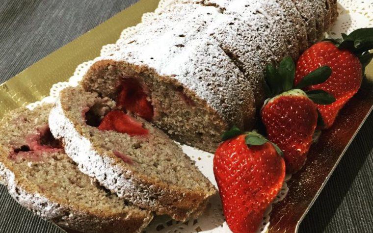 Plumcake integrale con fragole e ricotta fresca