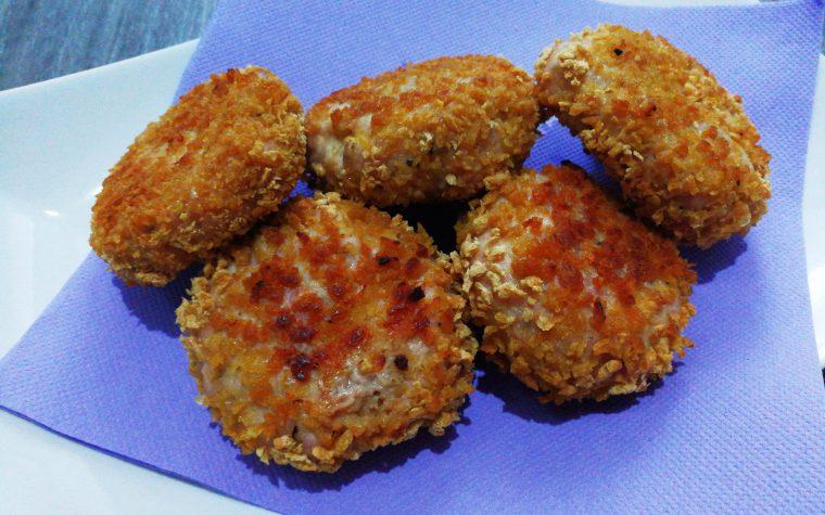 Polpette croccanti di pollo con limone e menta in padella