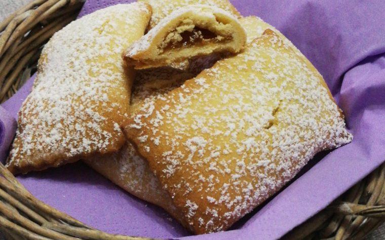 Biscotti ripieni con confettura di fichi