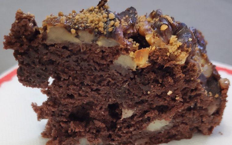 Torta cacao, banane e noci in friggitrice ad aria