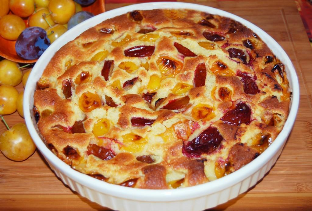 Torta rustica con prugne fresche