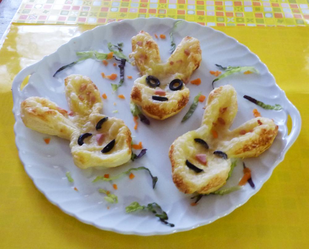 Coniglietti per antipasti Pasquali di pasta sfoglia