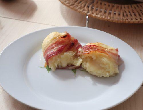 Polpette di patate con bacon al forno