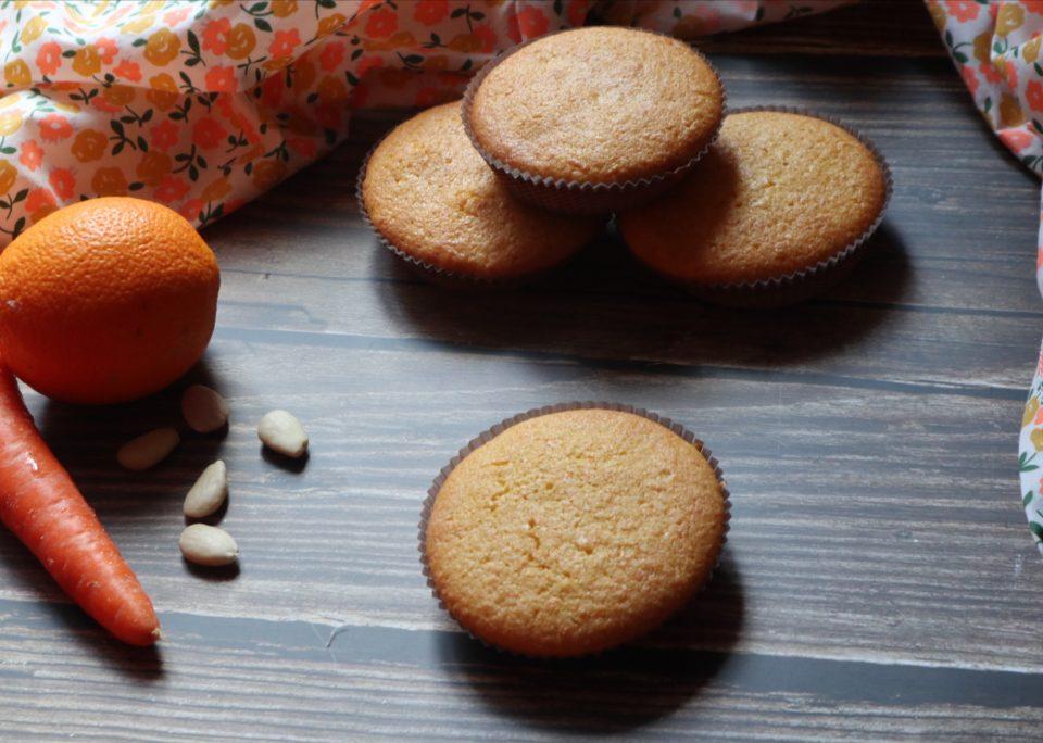 Tortine carote e mandorle