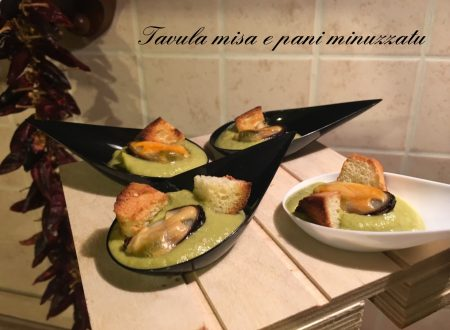 Cozze in crema di peperoni (Finger food)