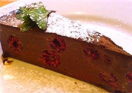 Cioccolata calda e lampone torta