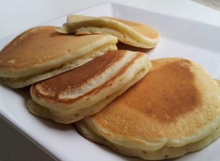 Pancake americani con pistacchio