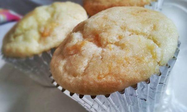 Ananas e mango muffin americani