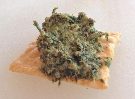Pesto di foglie di carota
