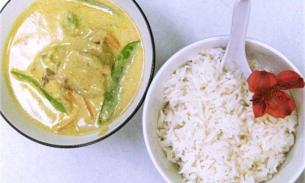 Curry Thailandese verde con gamberi