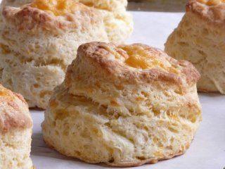 Biscotti con formaggio cheddar e aneto