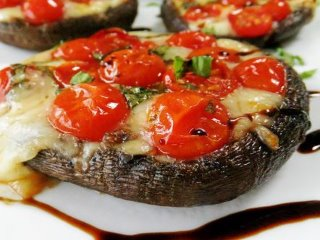 portabello_stuffed_caprese_mushrooms_320