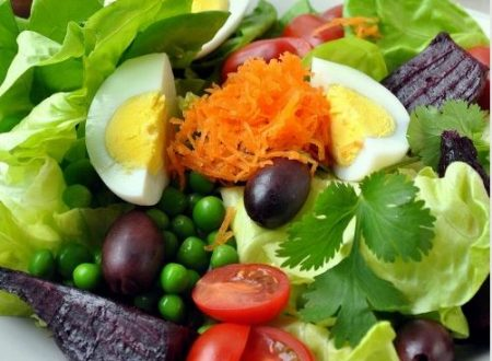 Butterhead lettuce farmer's market salad