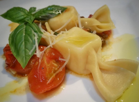 Caramelle pasta with pepper jack cheese