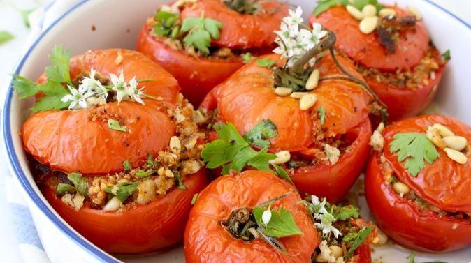 pomodori ripieni con riso e caperi
