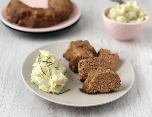 Ciambella salata con purè al rosmarino
