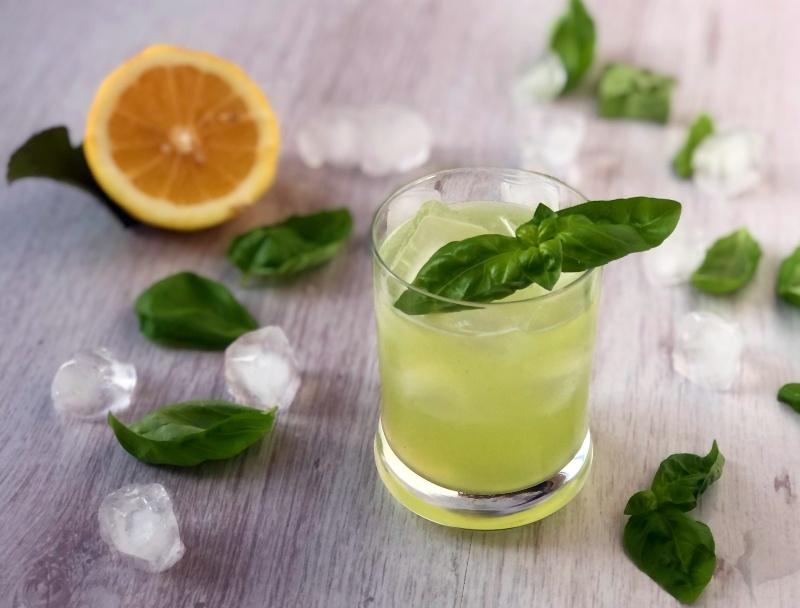 The Bretell Kitchen - Gin basil smash