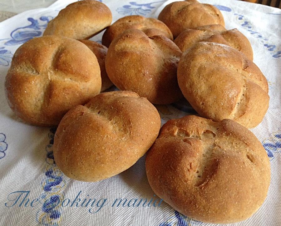 Panini con ricotta e paprika dolce
