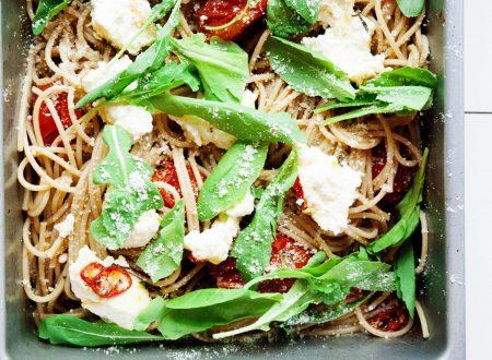 Spaghetti Integrali con Ricotta e Pomodorini al Forno