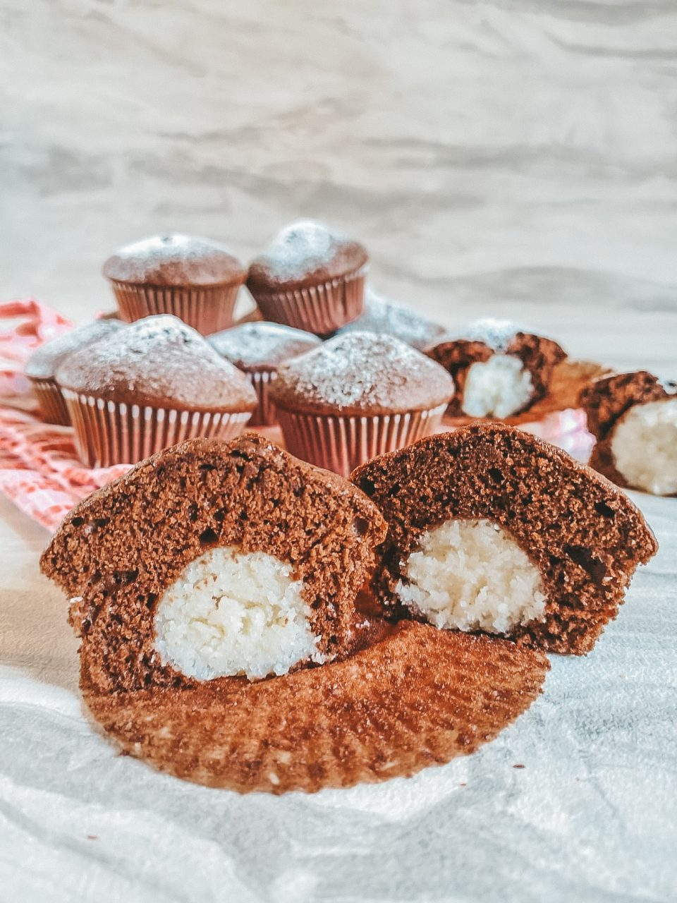 Muffin al cioccolato con cuore al cocco