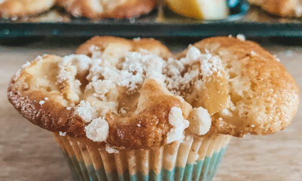 Muffin alle mele con crumble