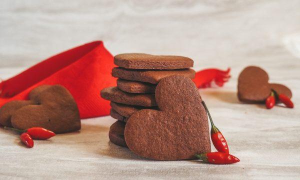 Cuoricini al cacao e peperoncino