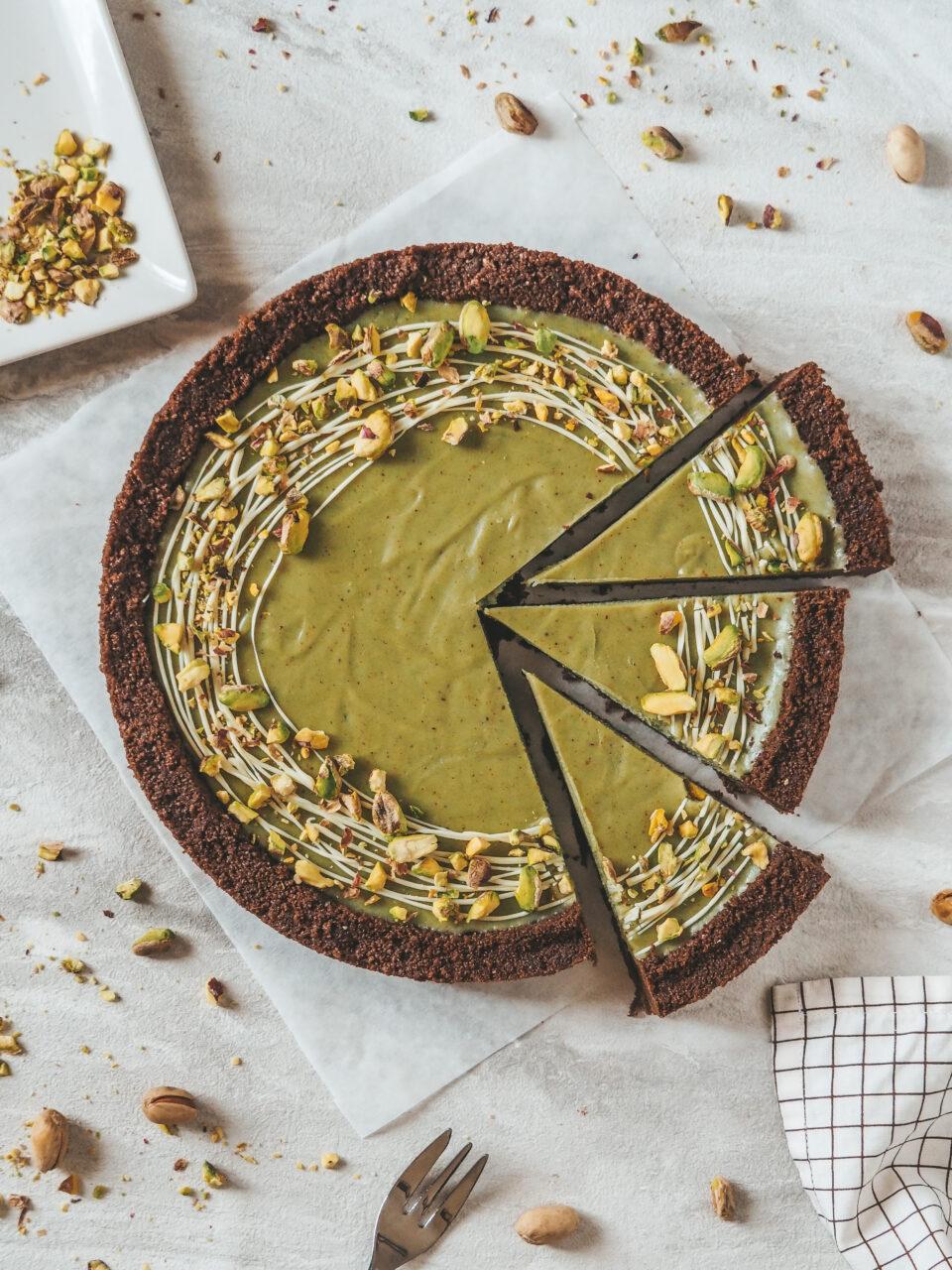 Torta senza cottura al pistacchio e cioccolato