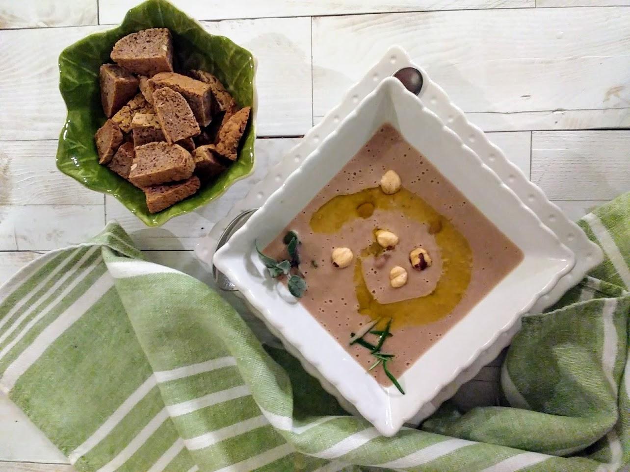 Zuppa di fagioli di Lamon con nocciole 2