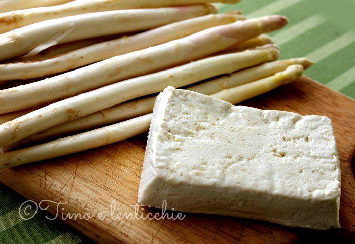 asparagi e tofu