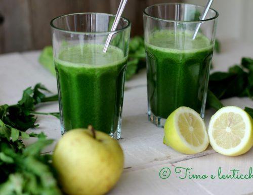 Estratto verde detox della salute