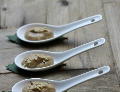 Hummus di roveja legume antico