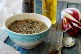 Zuppa di farro e lenticchie beluga