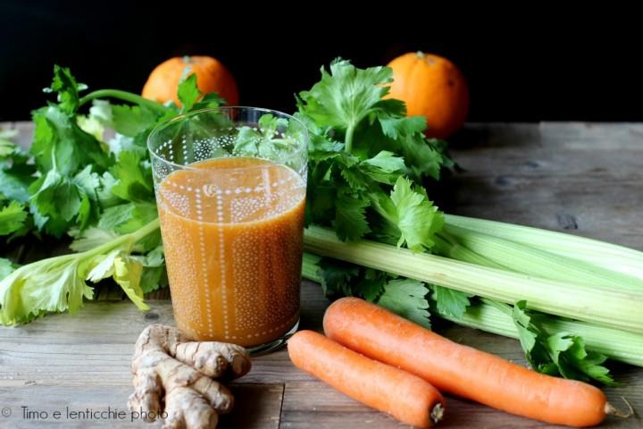 estratto sedano carota arancia