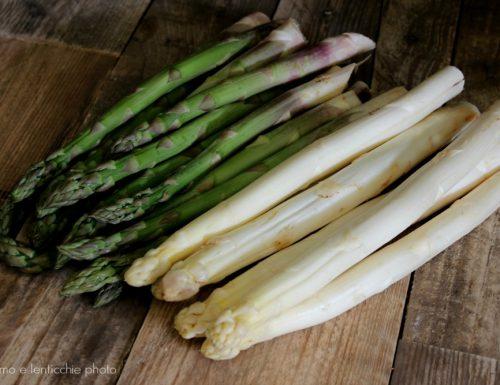 L'asparago per il calendario del cibo italiano