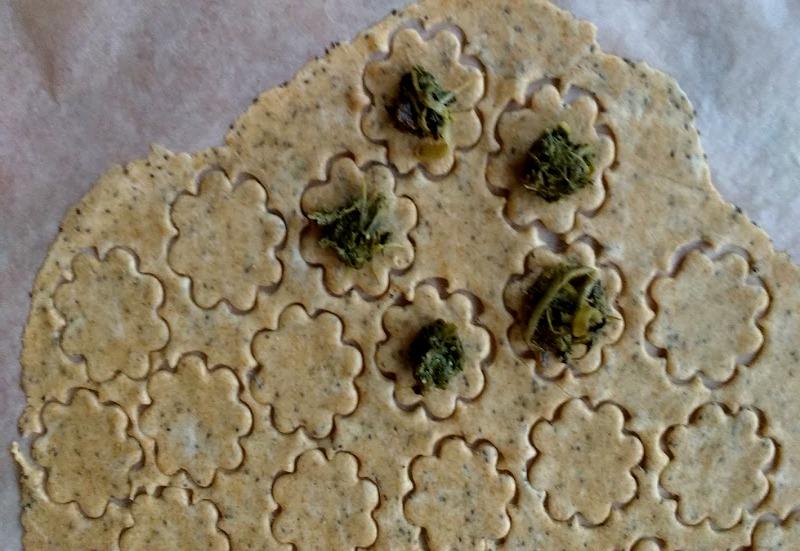 biscotti salati alle bietole 2