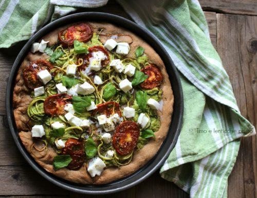 Pizza con pasta madre  zucchine e pomodoro camone