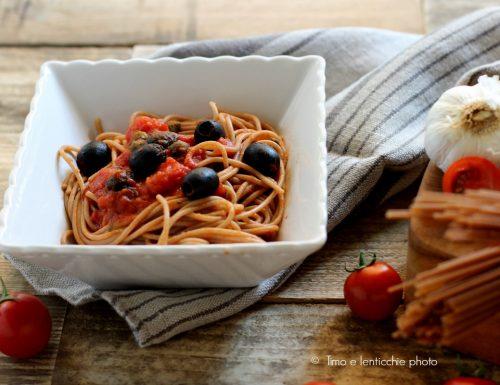 Spaghetti di farro integrale alla puttanesca
