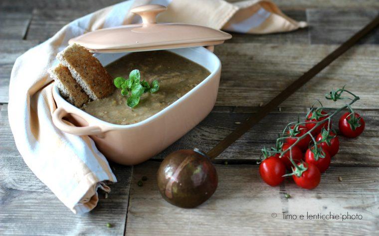 Zuppa di fagiolini mung e avena decorticata