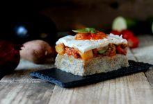 Caponatina su polenta taragna e verde di riso